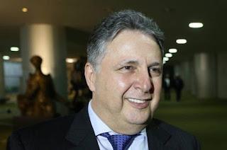 http://vnoticia.com.br/noticia/2523-tre-rj-ve-propaganda-antecipada-e-determina-que-garotinho-retire-video-do-ar