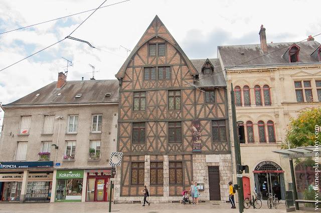 Orleans casa Juana Arco Loira que ver ciudades con historia viajes