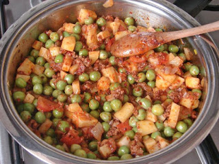 Snap Beans-Mushroom Stir Fry (Mantarli Araka Bezelye)