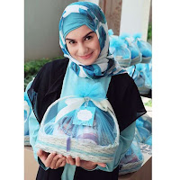 foto irish bella pake hijab jilbab kerudung