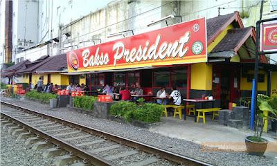 Wisata Kuliner di Malang (bakso Presiden)