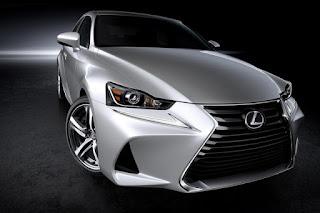 Linee Estetiche Nuove Lexus IS