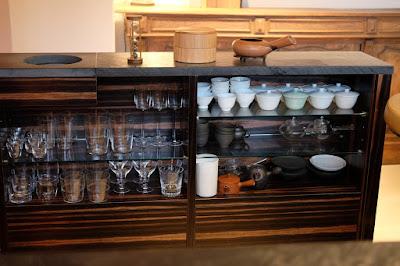 東京の日本茶専門店 櫻井焙茶研究所 グラスと湯呑