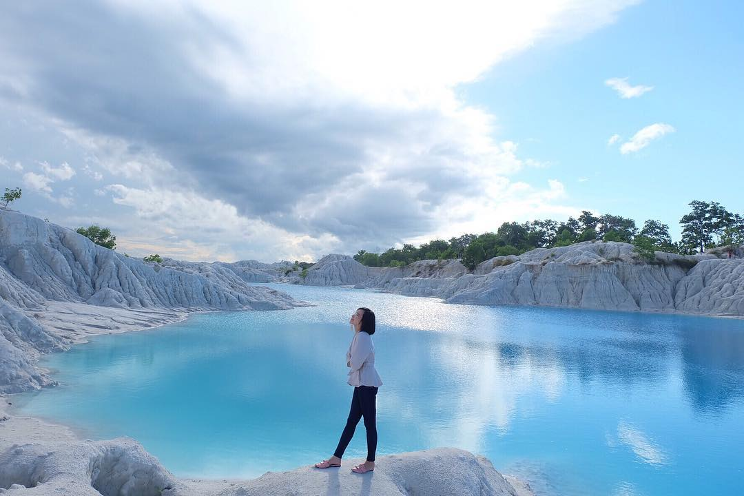 inilah 3 Objek Wisata Telaga Biru yang Banyak Menarik Perhatian Para Traveler, Uniknya nggak Ketulungan!