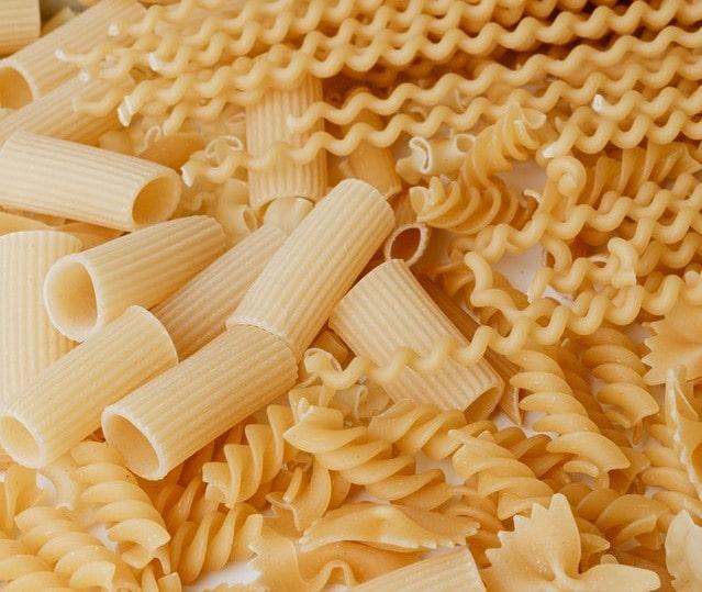 Different types of pastas for Aglio Olio Pasta with Shrimp