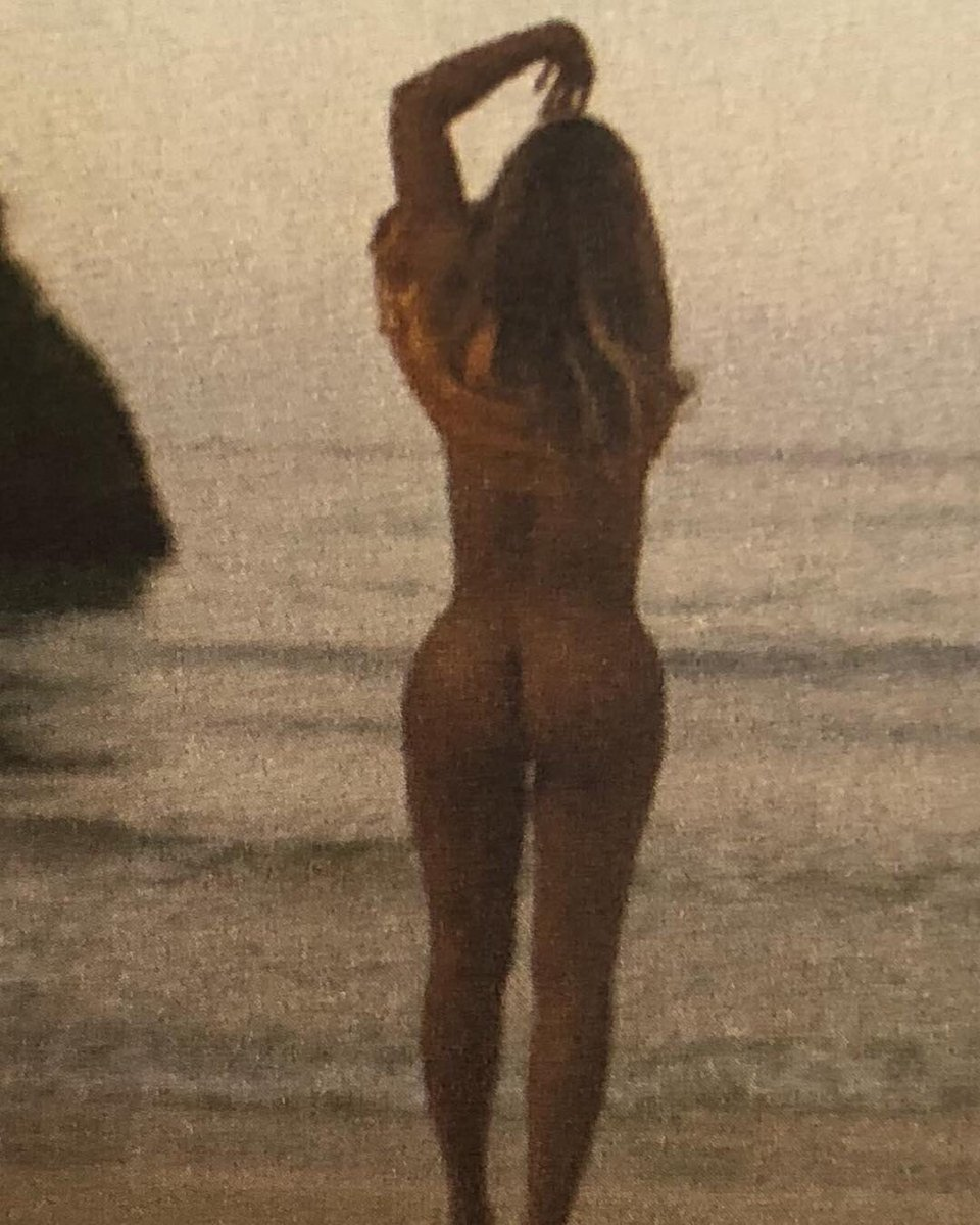 Beyonce Poses Nude, Shows Off Booty  Twerks For On The -2300