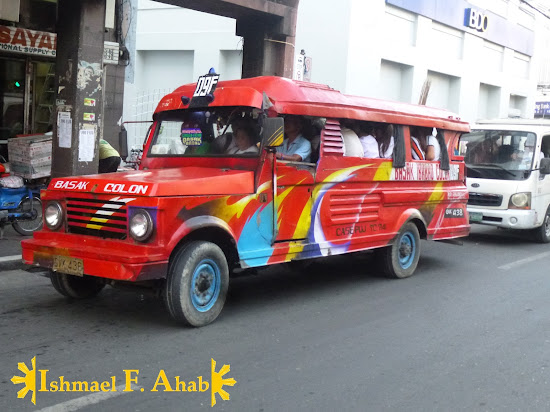 Multicab (a.k.a. Dyip to the Tagalogs) is the king of the road in Calle Colon, Cebu City