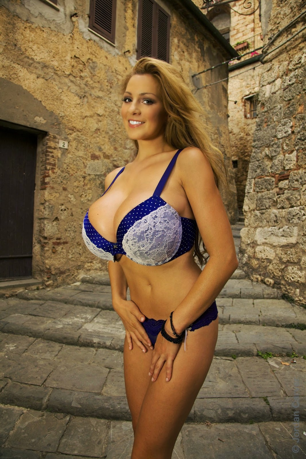 Jordan Carver Gorgeous Hot Beauty In Blu Bra And Panty -5744
