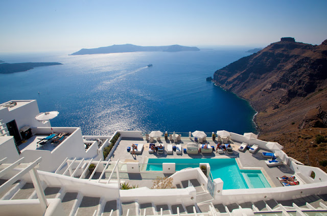Hospedagem de lua de mel em Santorini