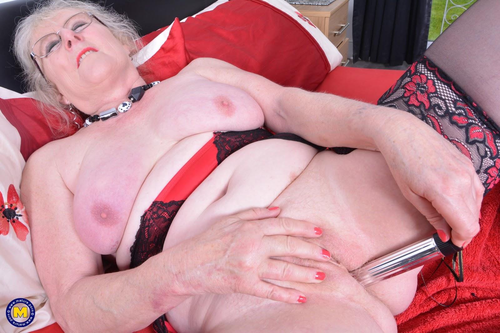 Порно видео старые старушки дрочат — pic 8