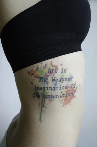 """""""A ARTE É A ARMA, A IMAGINAÇÃO É O MUNIÇÕES"""""""