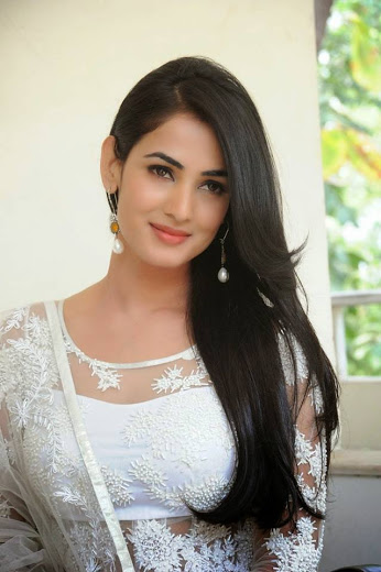 Online World Look Amazing Beautiful Punjabi Girls -9079