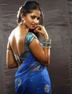 Anushka Shetty In vedam Movie, saree pics,  hot stills , killing with sexy looks