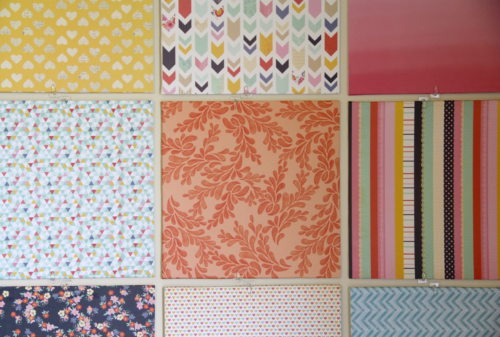 How to scrapbook canvas - Choose The Scrapbook Papers According To The Color Theme Of Your Room They Don T Have To Match