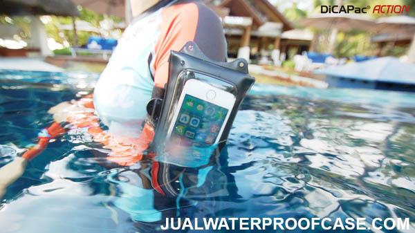 Kegunaan waterproof case HP