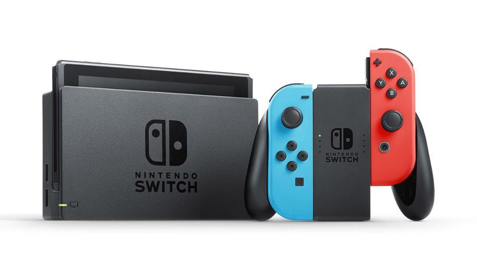 ¿Tiene sentido hablar de una supuesta Nintendo Switch Mini ahora?, rotundamente no
