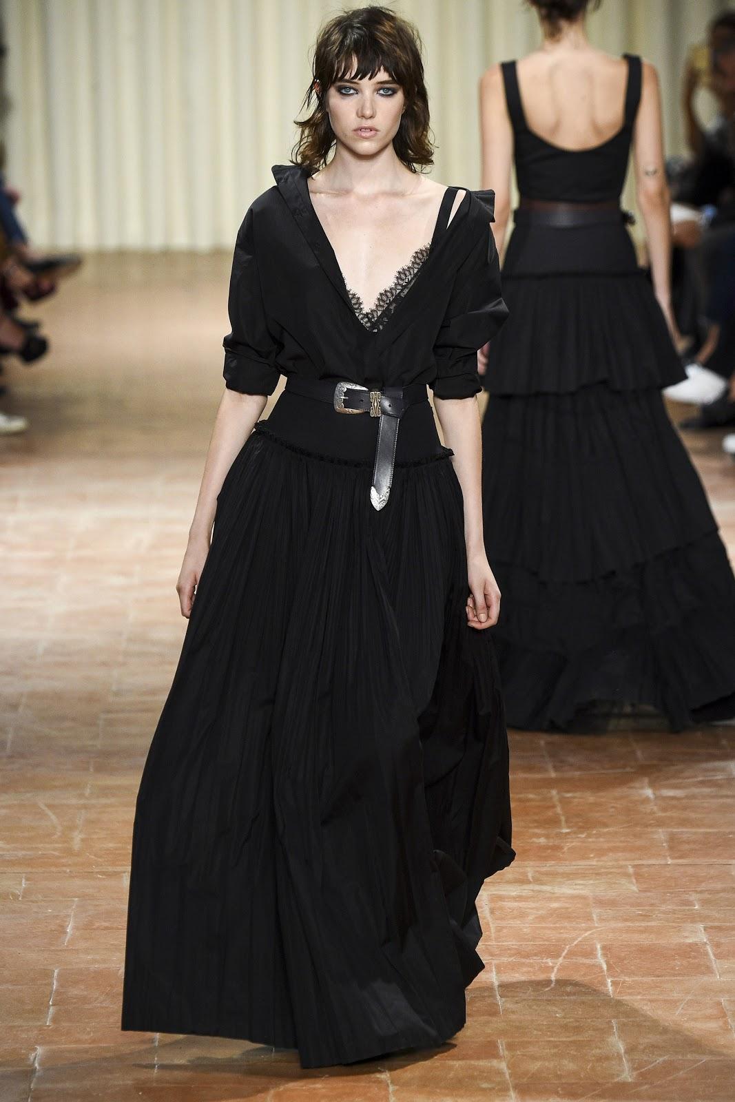 Alberta Ferretti At Milan Fashion Week Spring