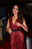 Pragya Jaiswal stunning Smiling Beauty in Deep neck sleeveless Maroon Gown at 64th Jio Filmfare Awards South 2017 ~  Exclusive 006.JPG