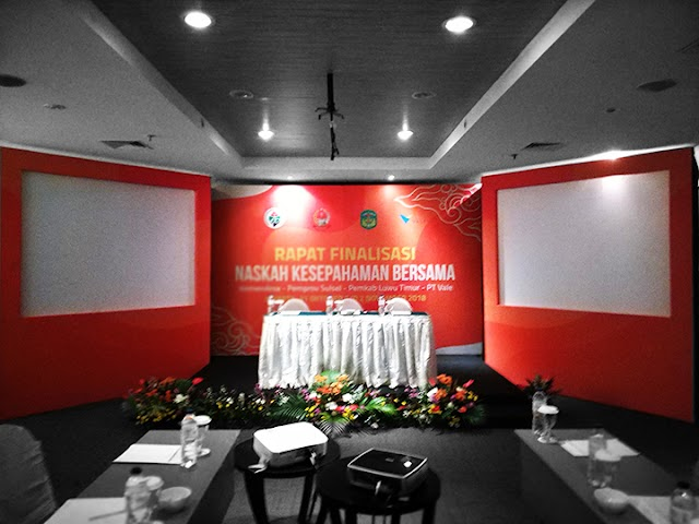 Sewa Backdrop Acara Seminar