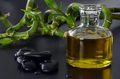 Olejki i oliwki do pielęgnacji ciała i włosów