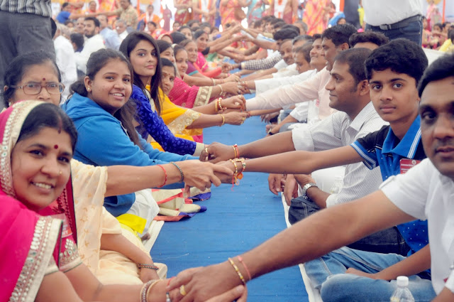 HISTORIC RAKSHA BANDHAN CELEBRATED FOR WORLD RECORD WITH JOY AND FERVOUR