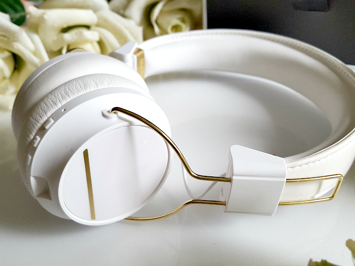 Review & Design: Sudio Sweden - Regent White On-Ear Bluetooth Headphones