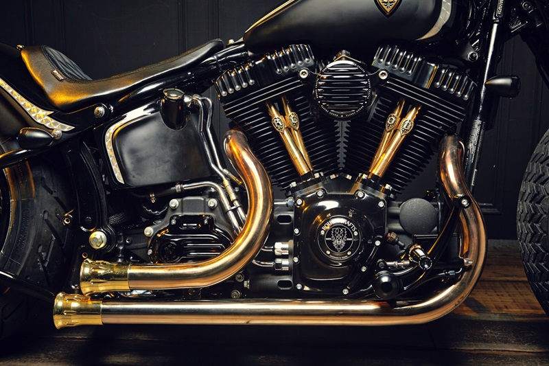 crafts crowned stallion-based Harley-Davidson