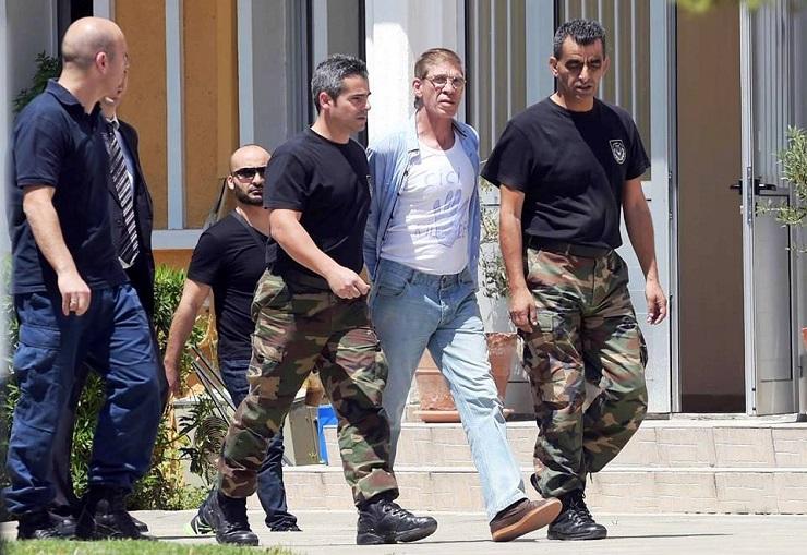 جريدة اليوم السابع تكشف مؤامرة الاخوان  فى خطف طائرة قبرص