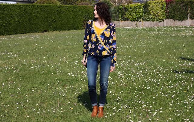 porter-la-blouse-fleurie