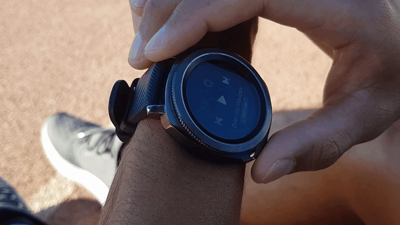Samsung Gear Sport can also add music to your workout