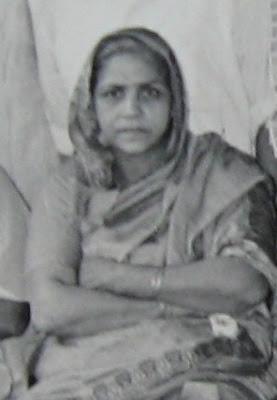 Shanti Devi (Delhi, Índia, 11 de Dezembro de 1926 – 27 de Dezembro de 1987)