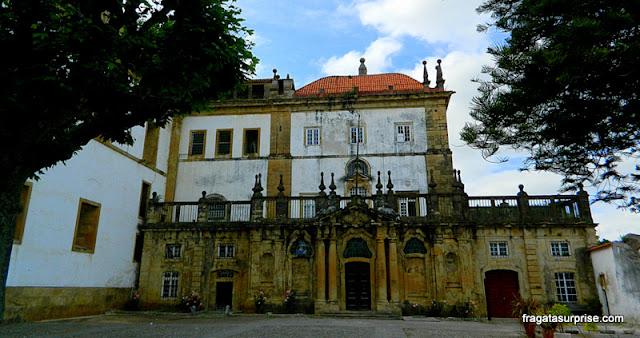 Detalhe da fachada do Convento de Santa Clara-a-Nova