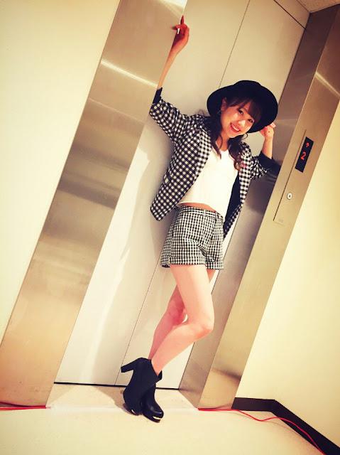ハロコン2017冬 Kaleidoscopeでの石田亜佑美の衣装の画像