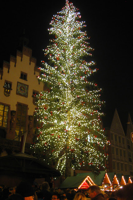 Lighted tree over the Frankfurt Cristkindlmarkt, Germany