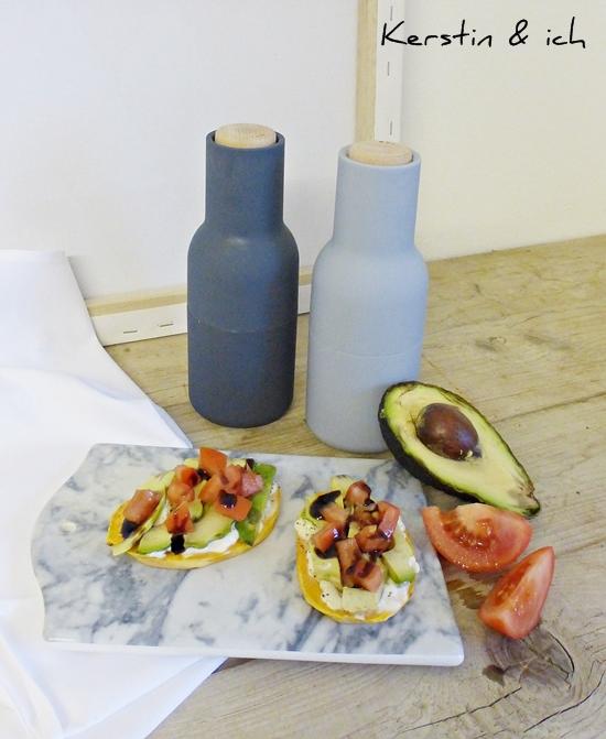 Food Rezept Süßkartoffeln getoastet mit Avocado und Tomaten