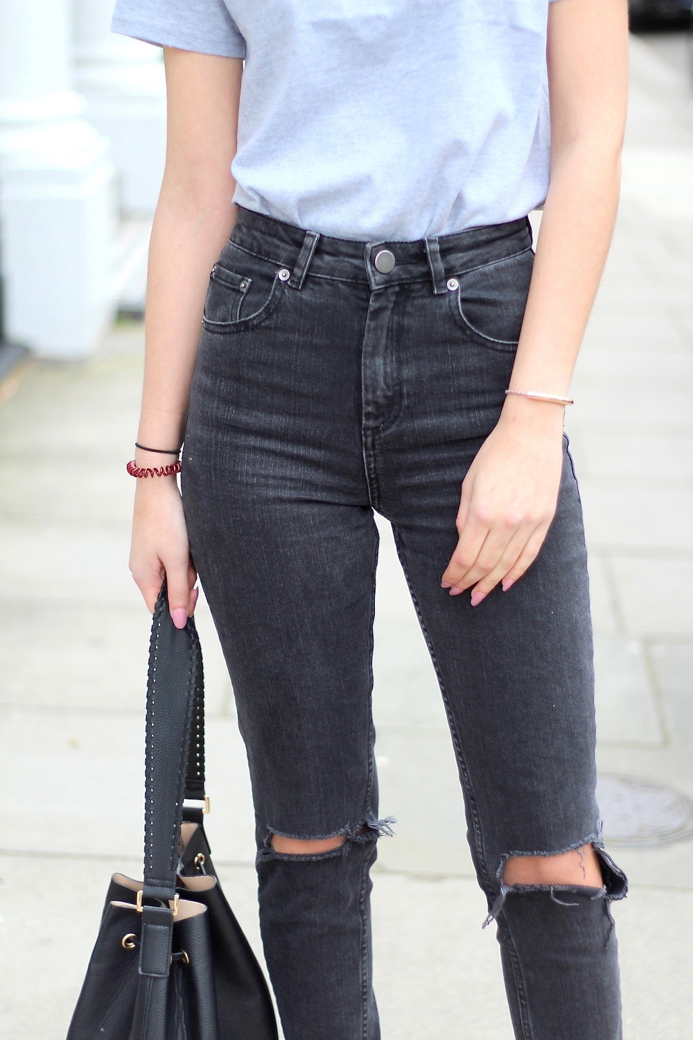mom jeans asos farleigh ripped knees