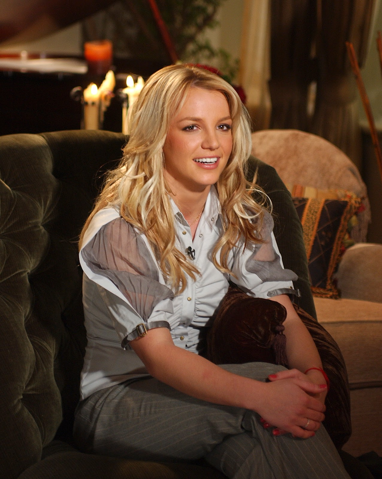 Britney Spears Sits On A Priest's Lap, Annoys Catholics