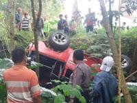 Diduga Belum Paham Medan, Jeep Wisata Merapi  Jatuh Ke Jurang