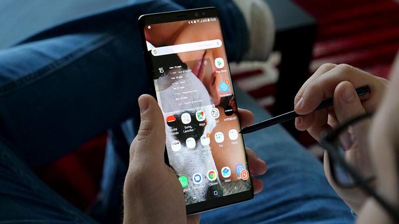 هاتف جالكسي نوت 9 لن يأتي مع مستشعر البصمة مدمج في الشاشة
