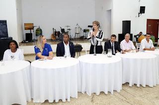http://vnoticia.com.br/noticia/2819-apos-abertura-congresso-de-conselheiros-tutelares-segue-ate-domingo-em-sfi