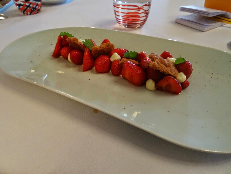 Dessert restaurant Le Meurice d'Alain Ducasse.