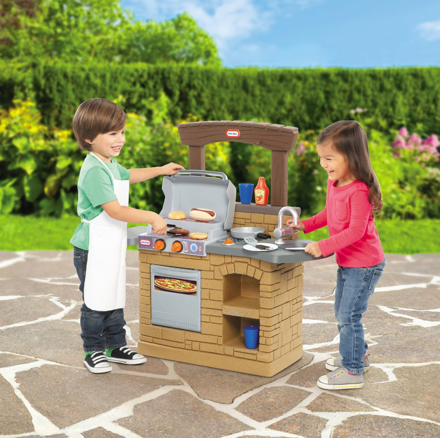 Outdoor Toys For Toddlers And Preschoolers : Kids outdoor play kitchens and toy grills