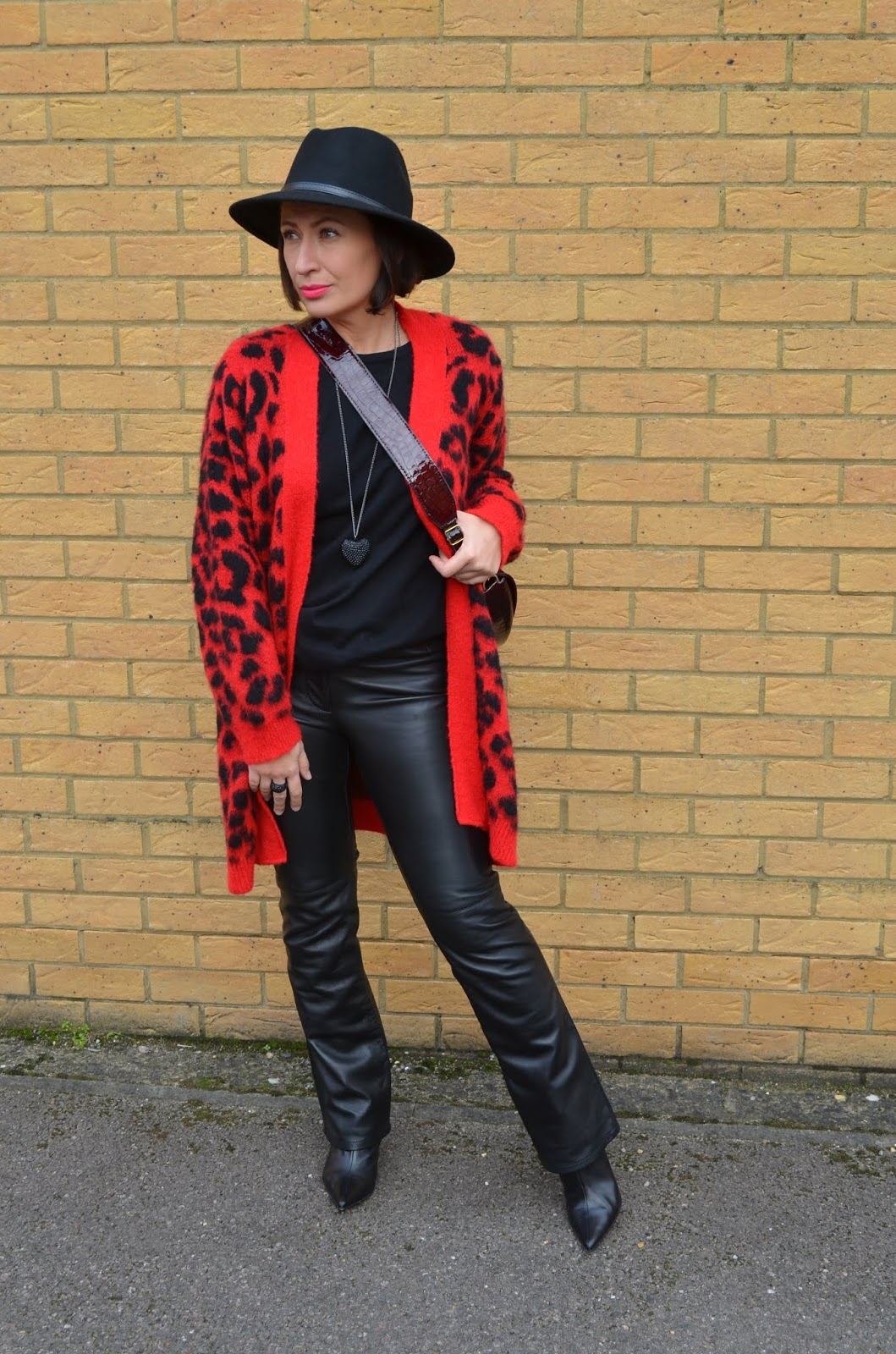 Black & Red Leopard Print