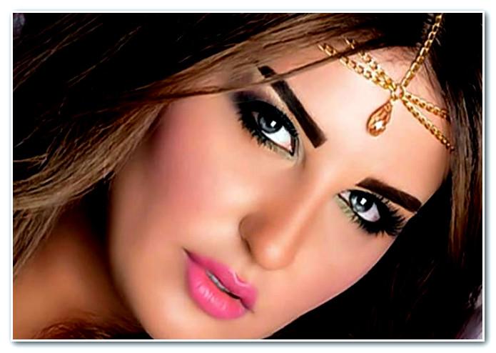 شذى حسون كتنقز بلا كيلوط. مات ليها الحوت في المغرب وكتستغل مسيرة الخضرا باش تلفت الانتباه!!
