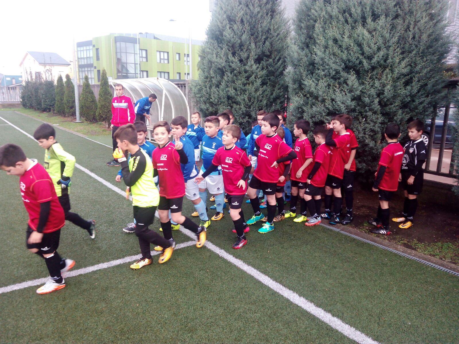 Escolas Deportivas Lourenz F8 Benxam N C Modas Victorias Do  # Muebles Huertas Lourenza
