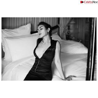 Katie Iqbal  Bollywood debutant in  Stunning Beauty .xyz Exclusive 014.jpg