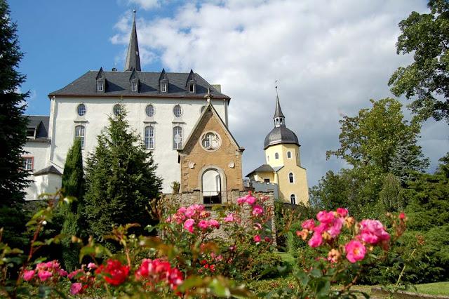 Нойхауз (Neuhausen) , Schloss Purschenstein, Германия