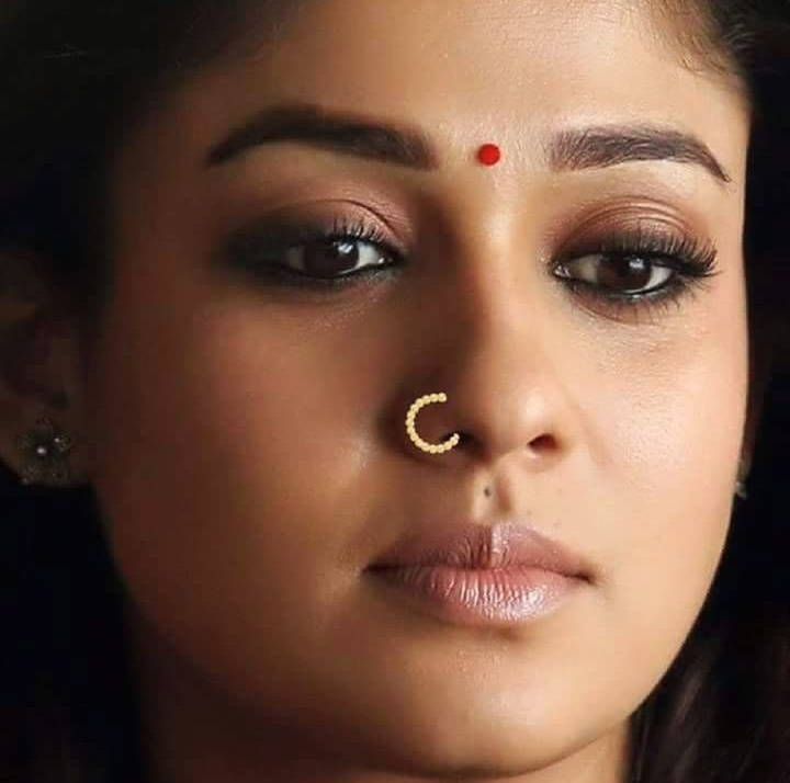 Malayalam Actress Nayantara Sad Looking Face Closeup Nose -9436