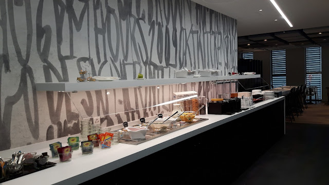 breakfast buffet Ibis Styles Basel City