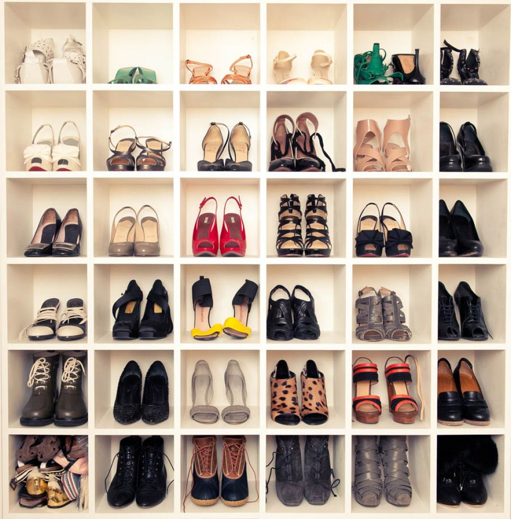 10 dreamy shoe closets for the fashionista